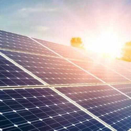 SolarGaps erklärt: Wie funktioniert Solartechnik – wieso produzieren unsere Außenrollos elektrischen Strom?
